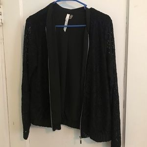 NY Collection Black jacket w/ lace sleeves med/p